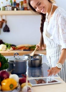 5 ways to save time cooking (with whole foods) so you can eat well consistantly and improve your health, and that of your family.