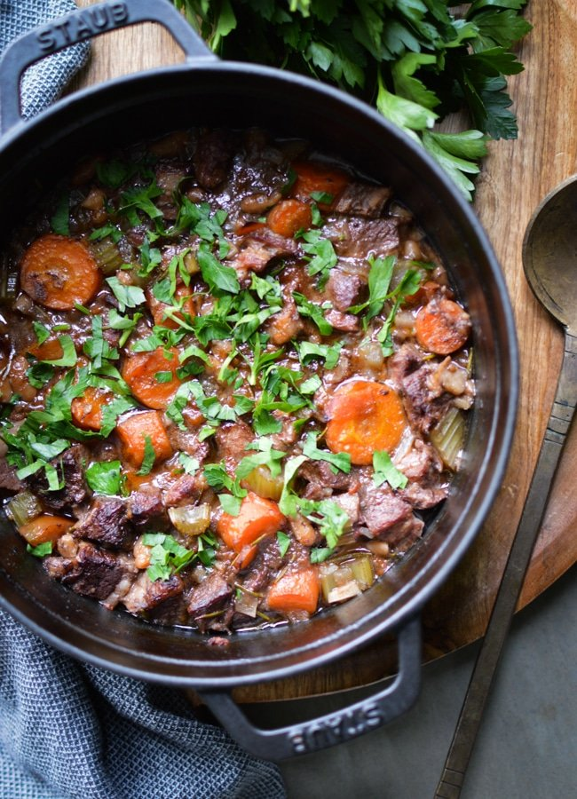 Dinner doesn't get any easier than this tasty slow cooked Tuscan Beef Stew. With just 10 minutes of prep, and just one pot to wash up!